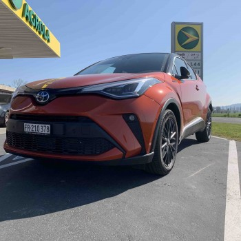"Toyota C-HR 2.0 HSD Launch Edition ""Démo"""